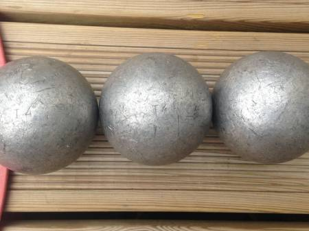 Boule de p tanque occasion for Boule de petanque tres tendre